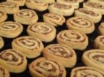 Pinwheel-Cookies-on-Cooling-Rack-640x480